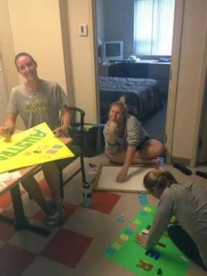 2013 WWC Girls making buddy posters
